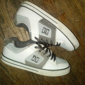 DC  Mens Size 8 unisex white and grey